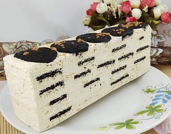 CHEESE OREO LAYER CAKE roll