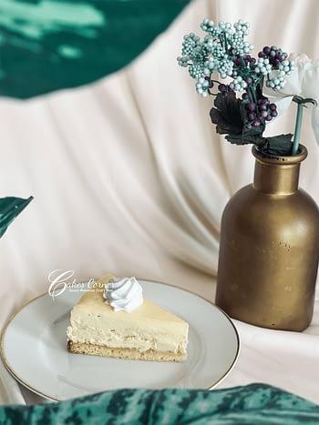 Deluxe Cheesecake 1